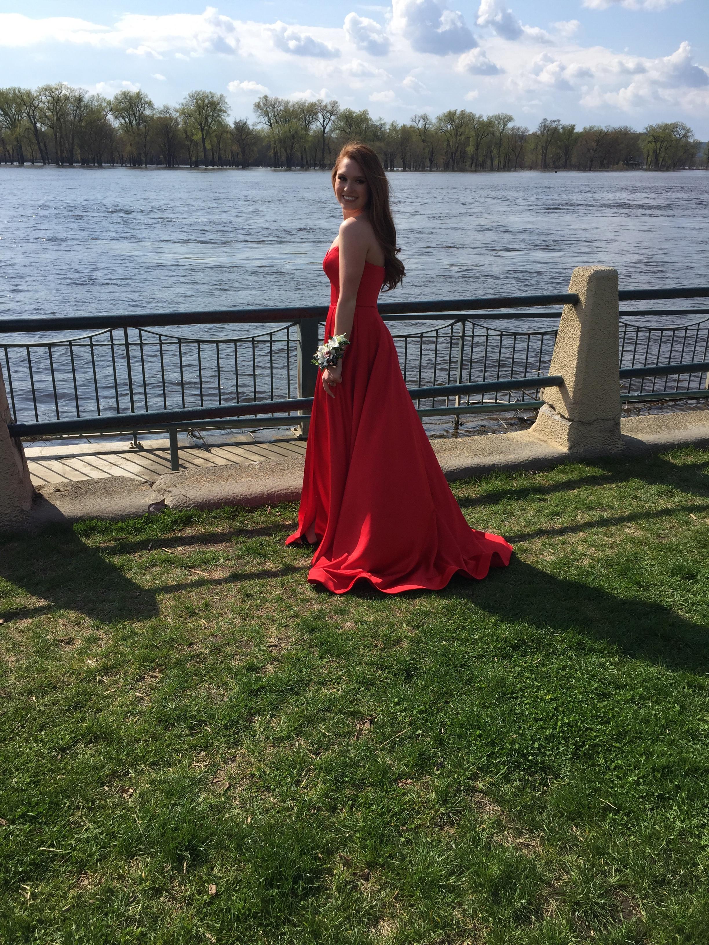 JOVANI Strapless Sweetheart Satin Dress
