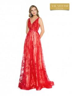 Val Stefani  A-line Neckline 3792RB (#5 on Auction)