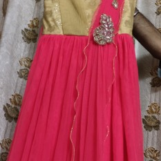 Girlish gown best for pageant