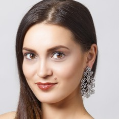 Rent Designer Jewelry for Your Pageant