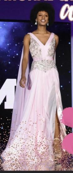 Mac Duggal Formal wear gown