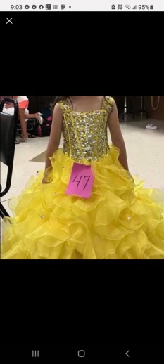 Yellow long dress with corset back size 6 (  little girls) could fit up to a size 8