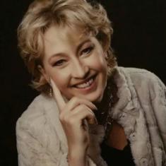 Kristina V Herreen
