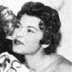 Julia Coumoundourou