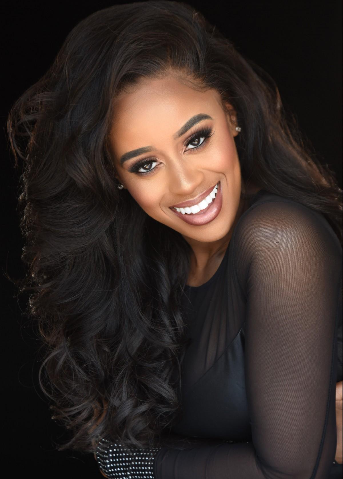 Shelby Dixon